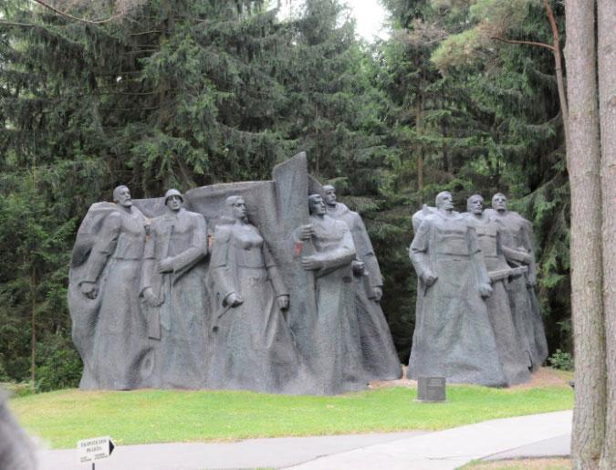 14-Parc-des-statues-deboulo